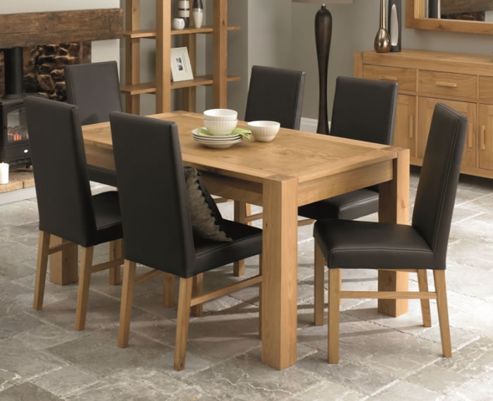 Lyon Oak Dining Table With Dining Room Chairs