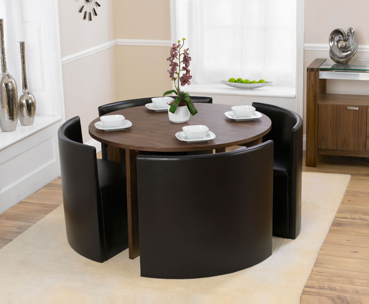 dining table dressing a round dining table. Black Bedroom Furniture Sets. Home Design Ideas