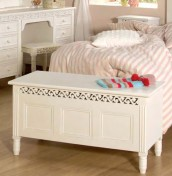 Bella White Childrens Blanket Box