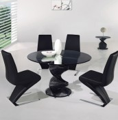 Arvika Black Glass Round Dining Set