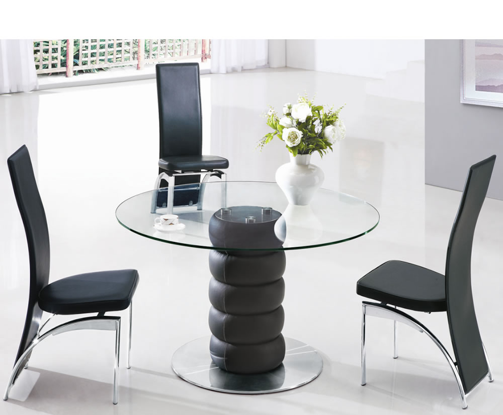 Jayden black round glass kitchen table and chairs for Black kitchen table and chairs