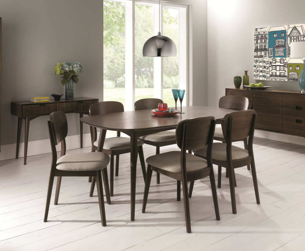 Oslo walnut extending dining table and chairs for Colorful leather dining chairs