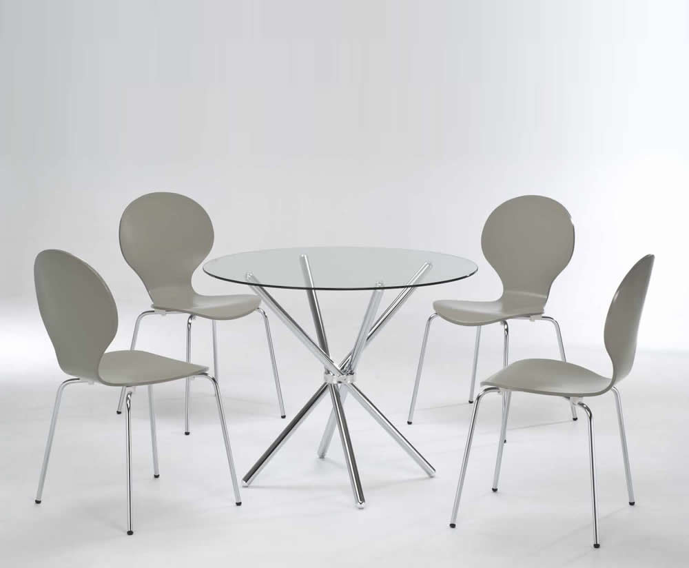 Casa round glass kitchen table and chairs for Glass table and chairs