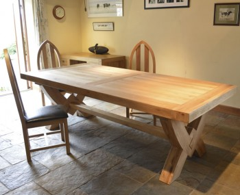 Roche Solid Oak Ox Bow Dining Set