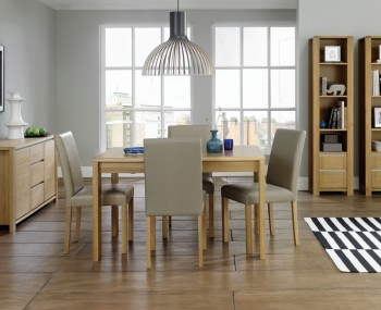 Petra Oak 128cm Extending Dining Table and Chairs