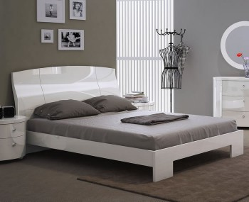 Popular White Bed Frame Concept