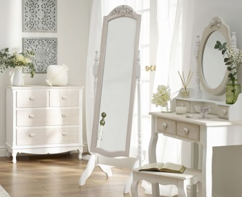 Candace Cheval Mirror