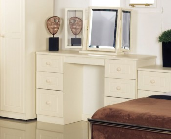 Avimore Double Cream Dressing Table