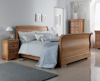 Nancy High Footend Oak Sleigh Bed