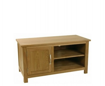 Turner Oak Small TV Unit