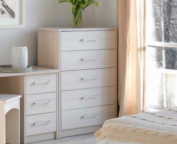 Hulsen 5 Drawer Chest