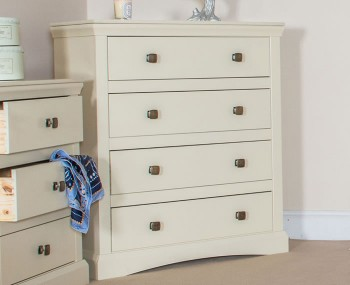 Cormano 4 Drawer Chest