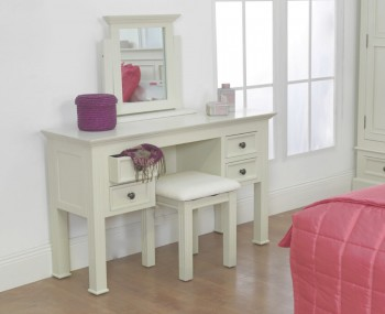 Woodstock Ivory Dressing Table Set