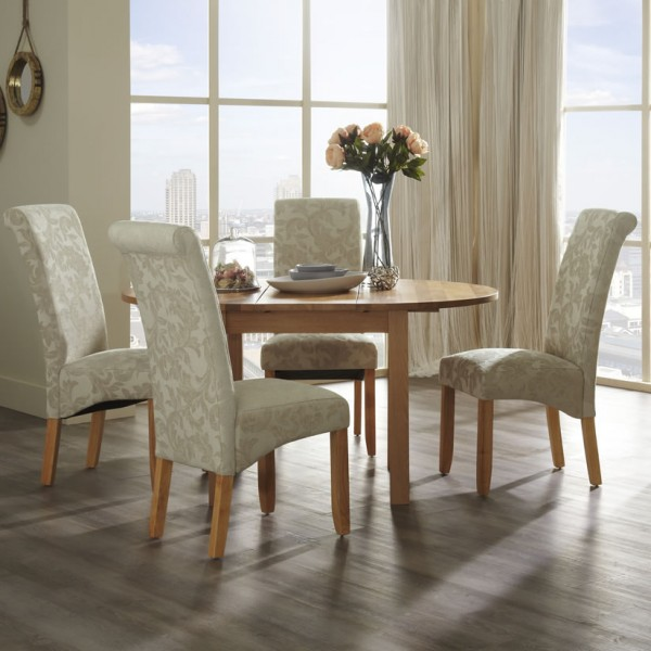 Haycroft Oak Round Extending Dining Table And Chairs