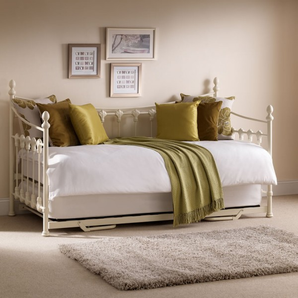Louis 3ft metal day bed frances hunt for Divan frances