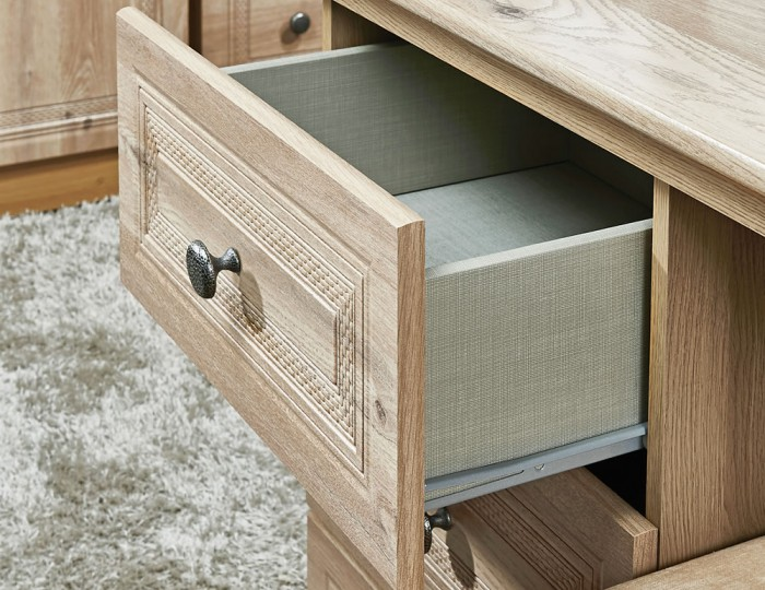 Henlow 4 Drawer Midi Chest