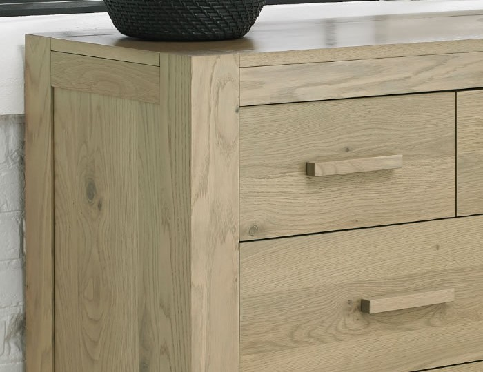 Renzo Aged Oak 4+3 Wide Drawer Chest