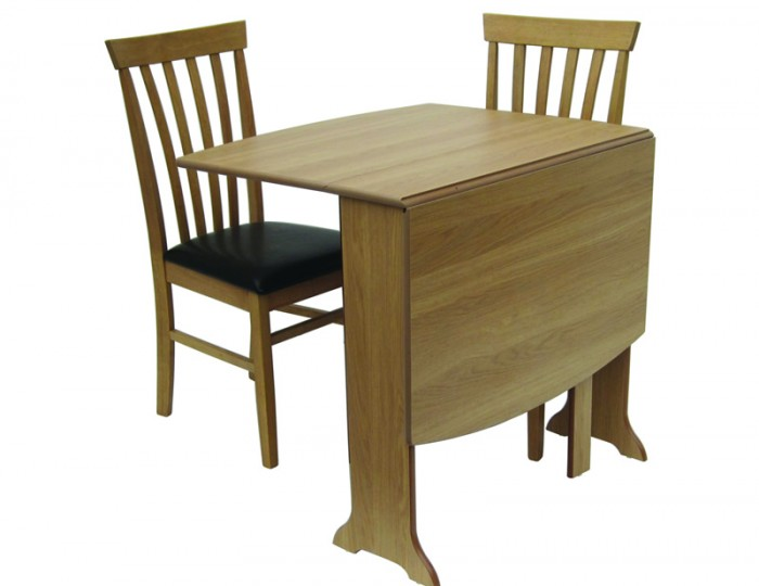 Stangrove Rectangular Gateleg Table and Chairs
