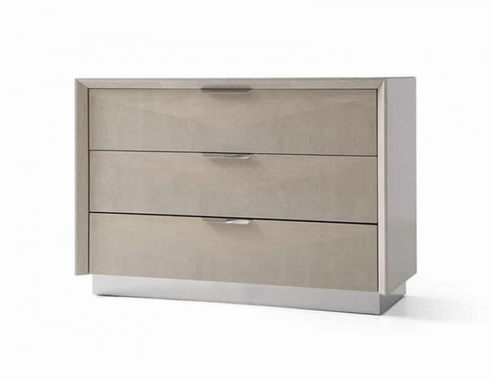 Lucia Soft Cream Walnut 3 Drawer Chest