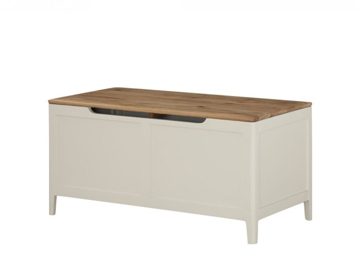 Dunmore Spanish White and Oak Blanket Box