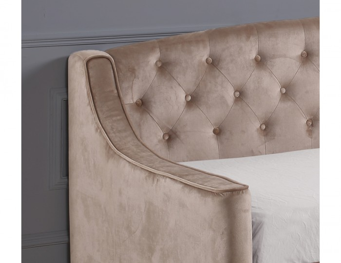 Laboury Champagne Velvet Day Bed