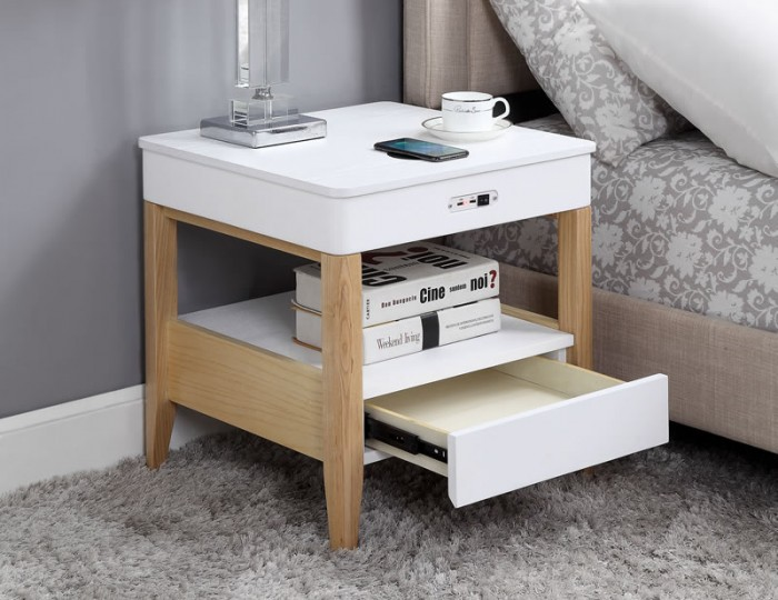San Francisco Oak Smart Nightstand