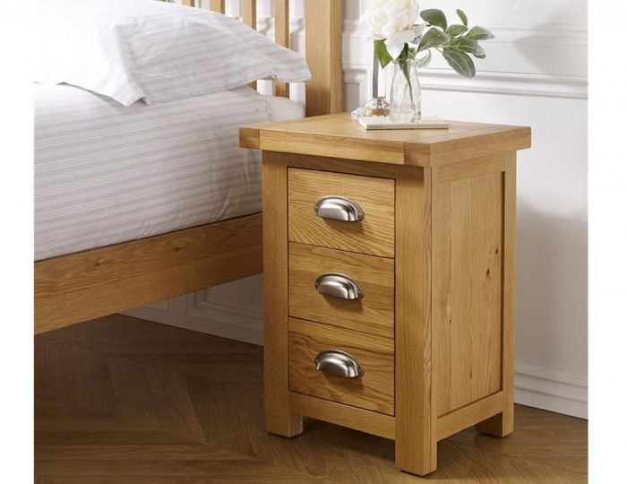 Akasey Solid Oak Small 3 Drawer Bedside Table