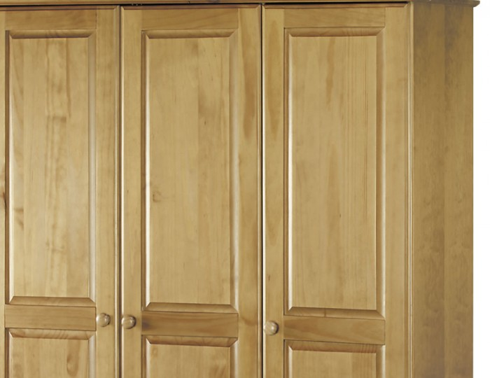 Pickwick 3 Door Pine Wardrobe