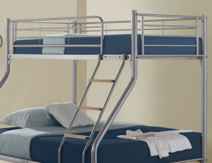 Medford Metal Triple Bunk Bed