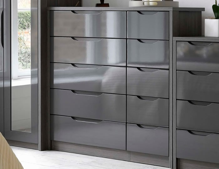 Affinity 10 Drawer High Gloss Wide Chest