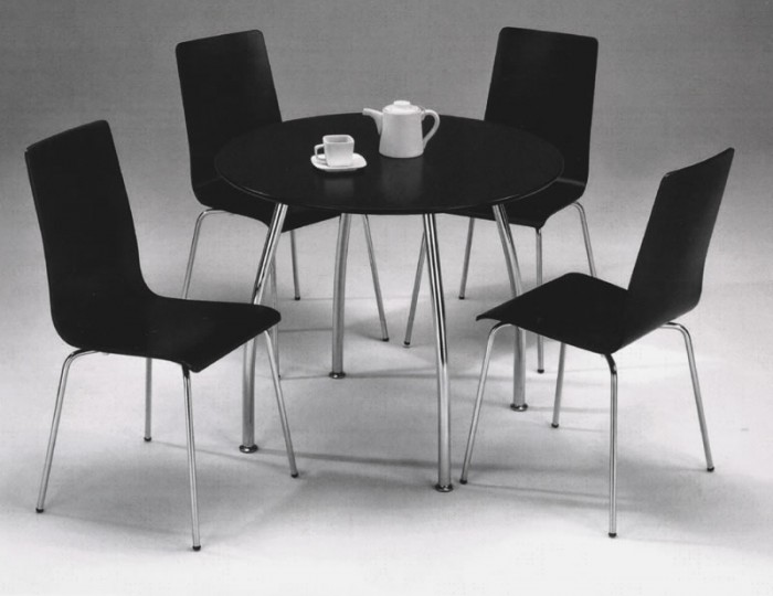 Raven Round Black Breakfast Table and Chairs