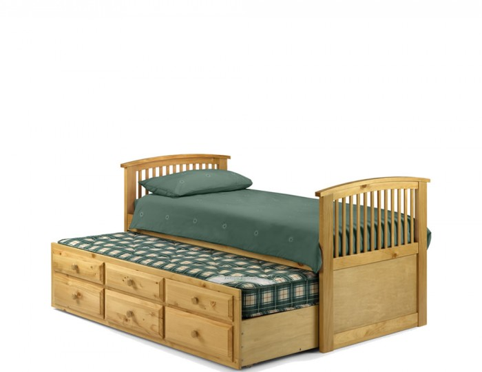 Hornblower Pine Cabin Bed