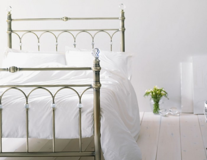 Krystal Antique Brass Metal Bedstead