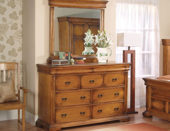 Hermione Antique Oak 9 Drawer Wide Chest
