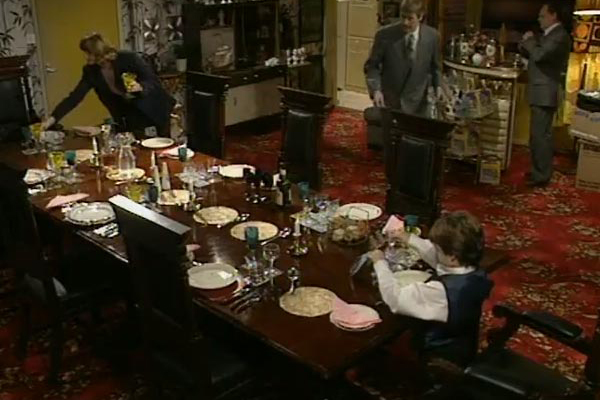 Only Fools and Horses Dining Table