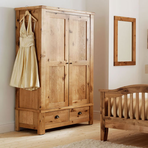 Wake Up in a Country-Style Bedroom this Xmas - Frances Hunt