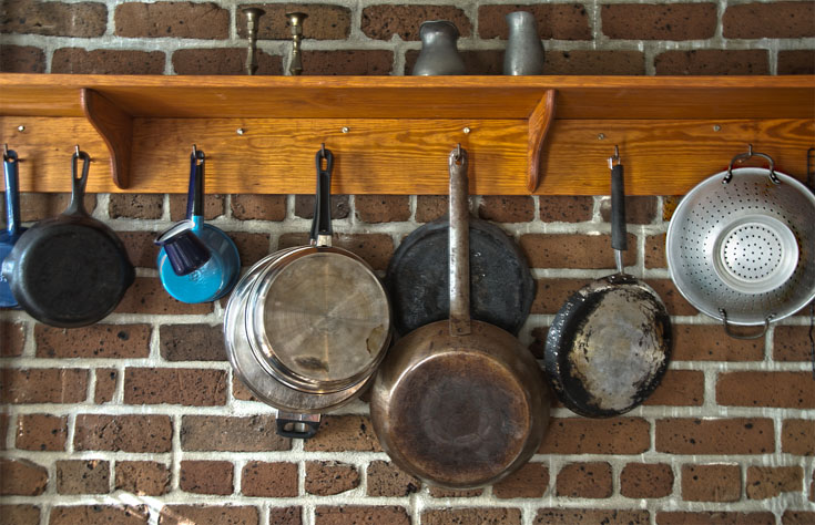 Kitchen Pots and Pans Hanging
